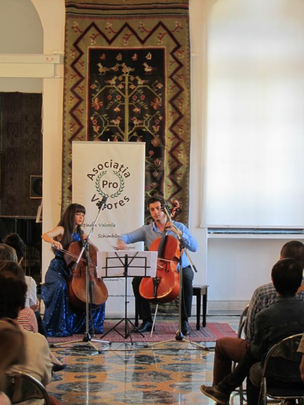 duo cello jaya