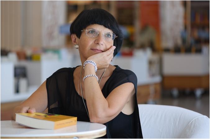 Ioana Parvulescu001